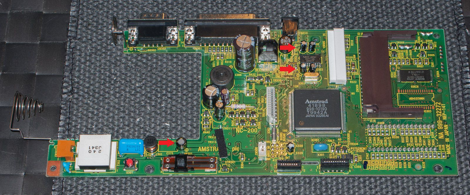 mainboard of the Amstrad Notepad NC200